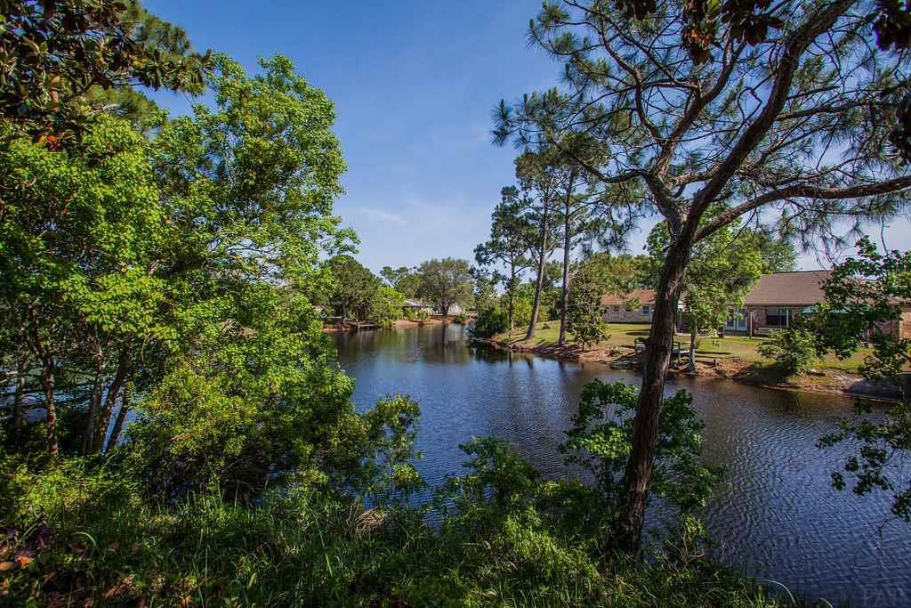 5418 Ponte Verde Dr, Pensacola, FL 32507