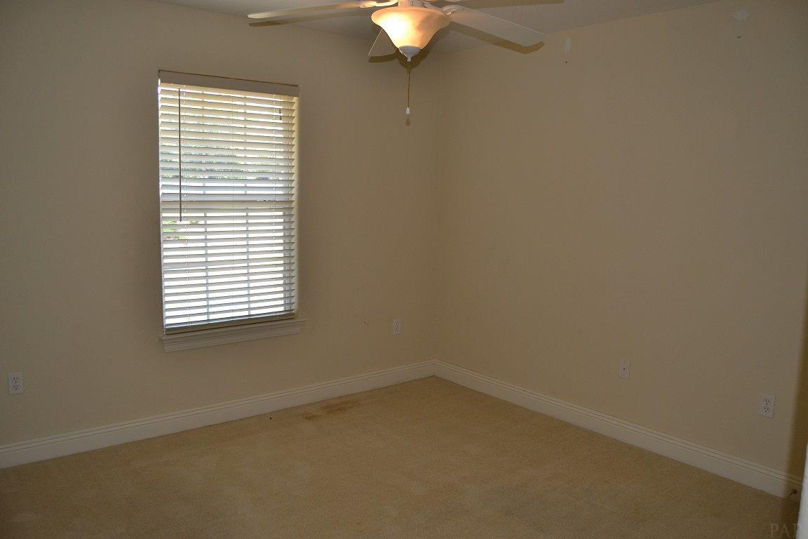 9080 Iron Gate Blvd, Milton, FL 32570