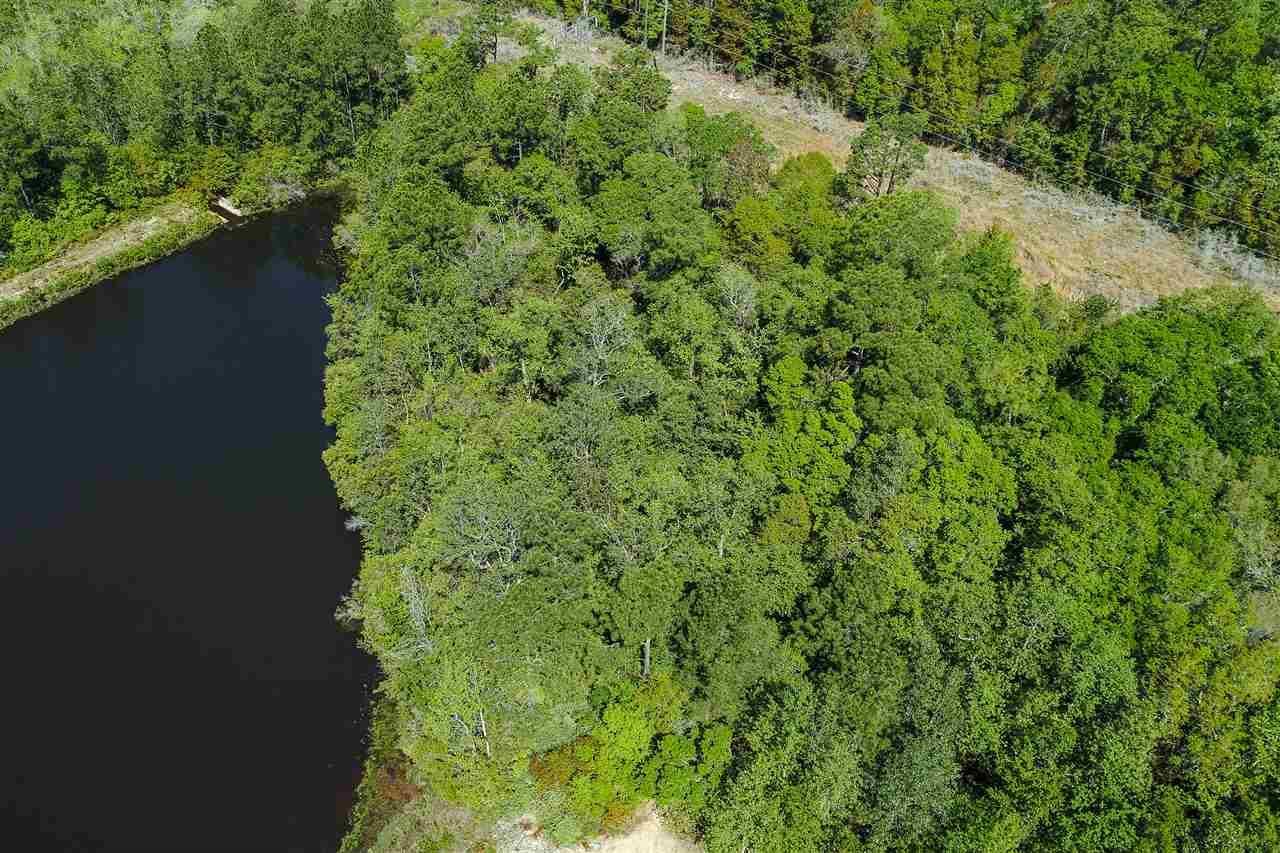 7200 Twin Lakes Ln, Pensacola, FL 32504