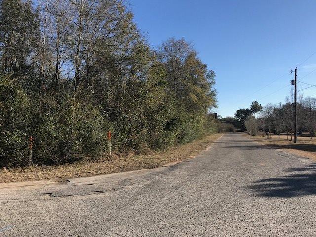 5036 Bent Tree Rd, Milton, FL 32583
