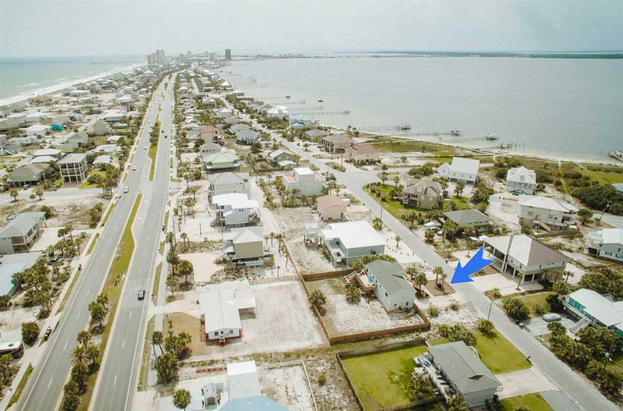 806 Panferio Dr, Pensacola Beach, FL 32561