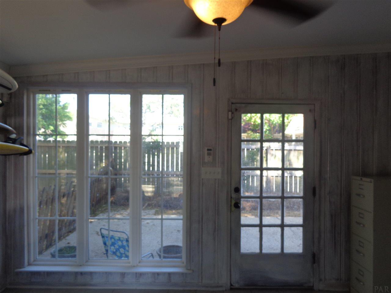 2804 E Cervantes, Pensacola, FL 32503