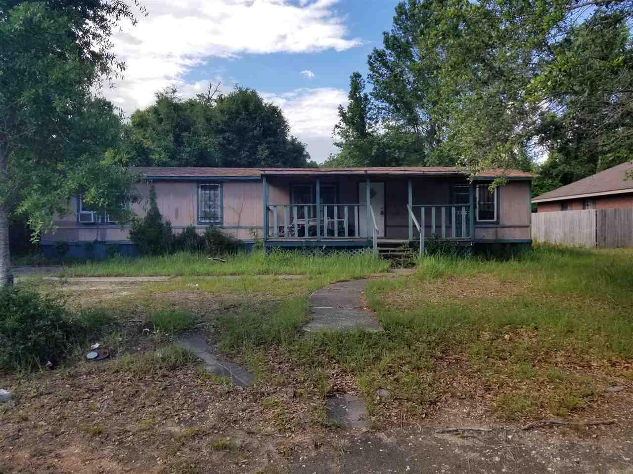 620 Warner Ave, Pensacola, FL 32514