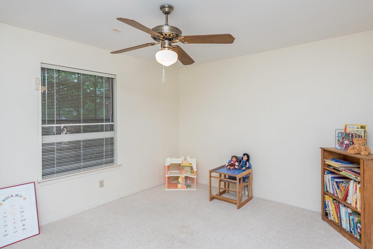 8864 Burning Tree Rd, Pensacola, FL 32514