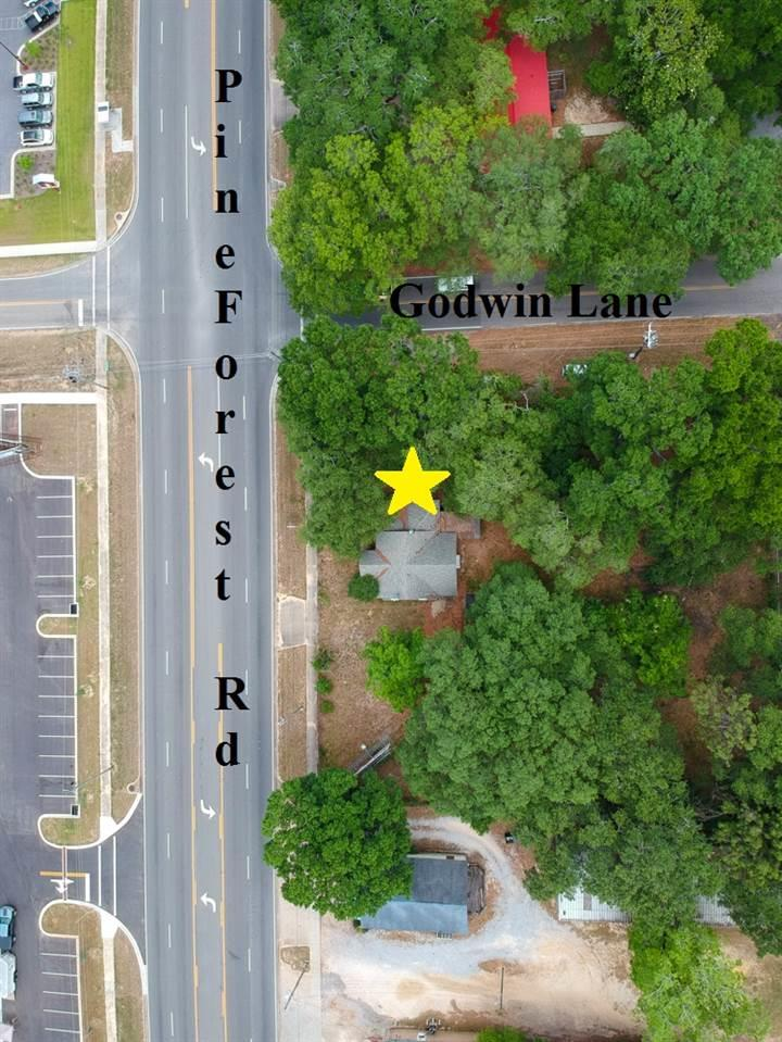 6668 Pine Forest Rd, Pensacola, FL 32526