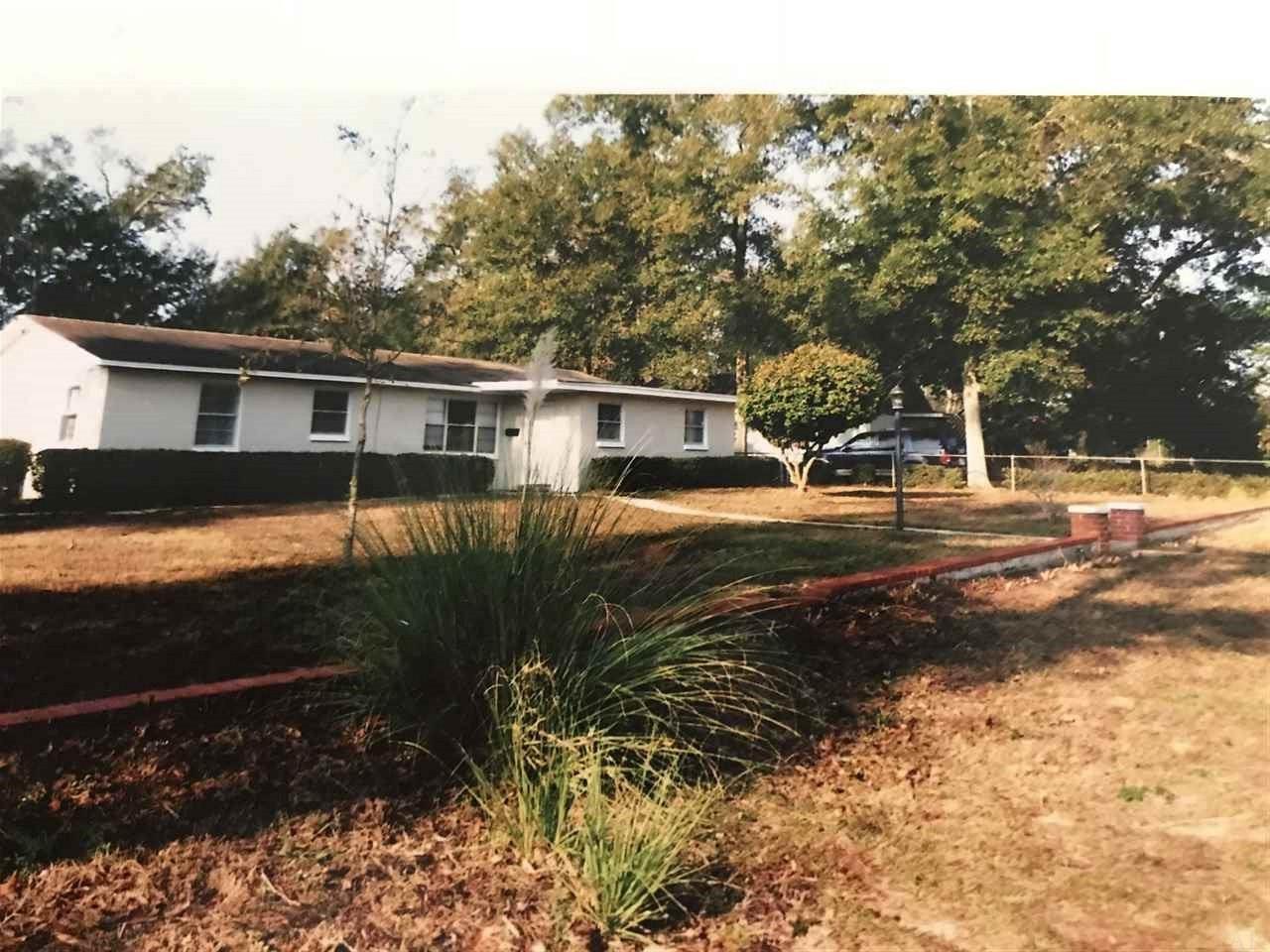 4745 Peacock Dr, Pensacola, FL 32504