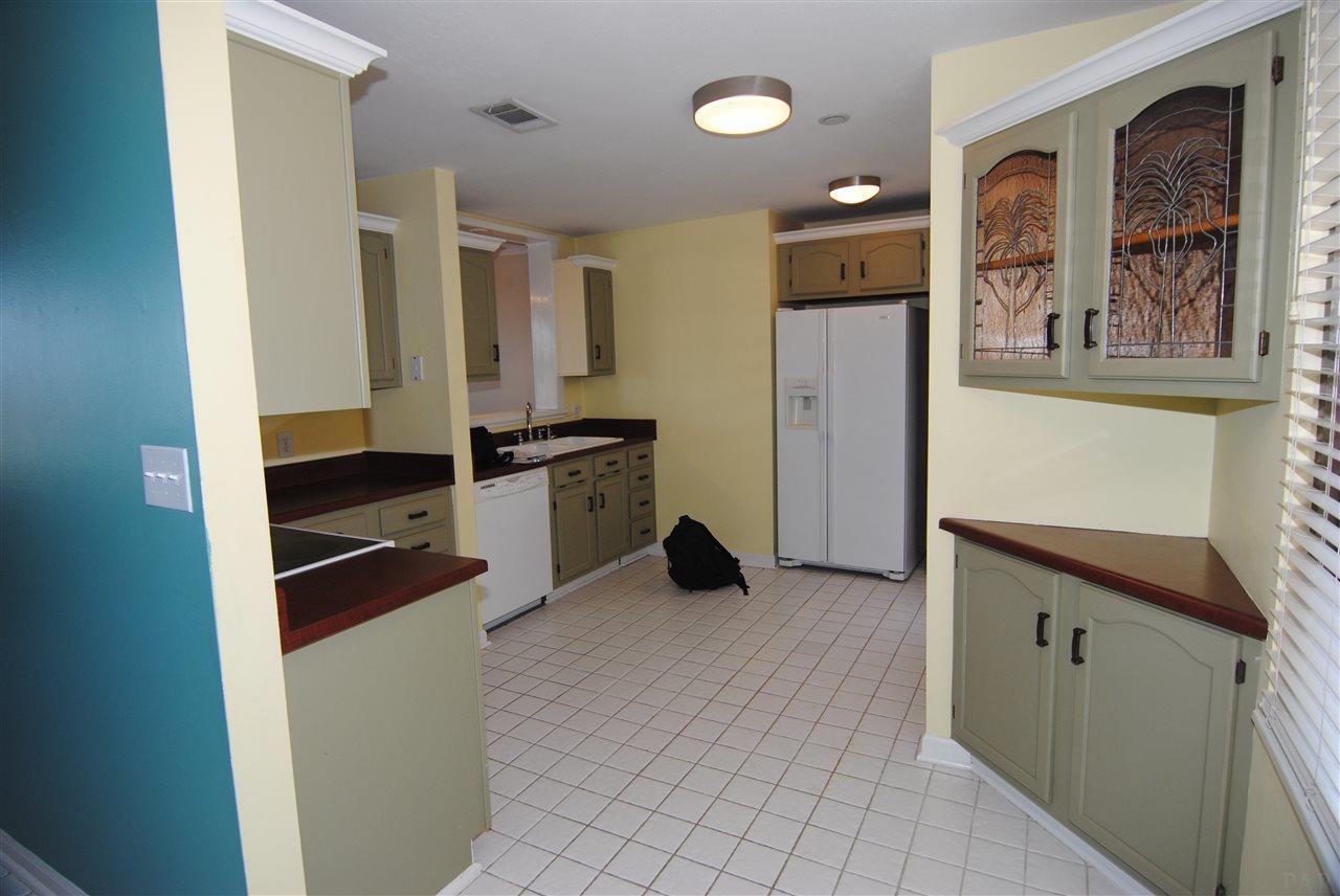 2007 E Gadsden St #203, Pensacola, FL 32501