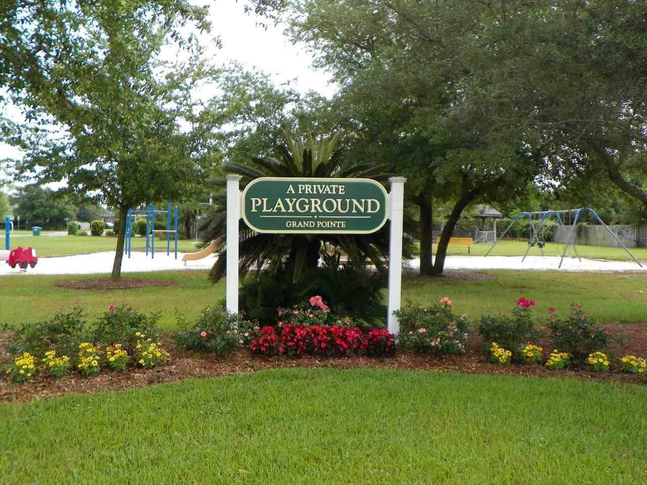 Shadowridge Ct, Gulf Breeze, FL 32563