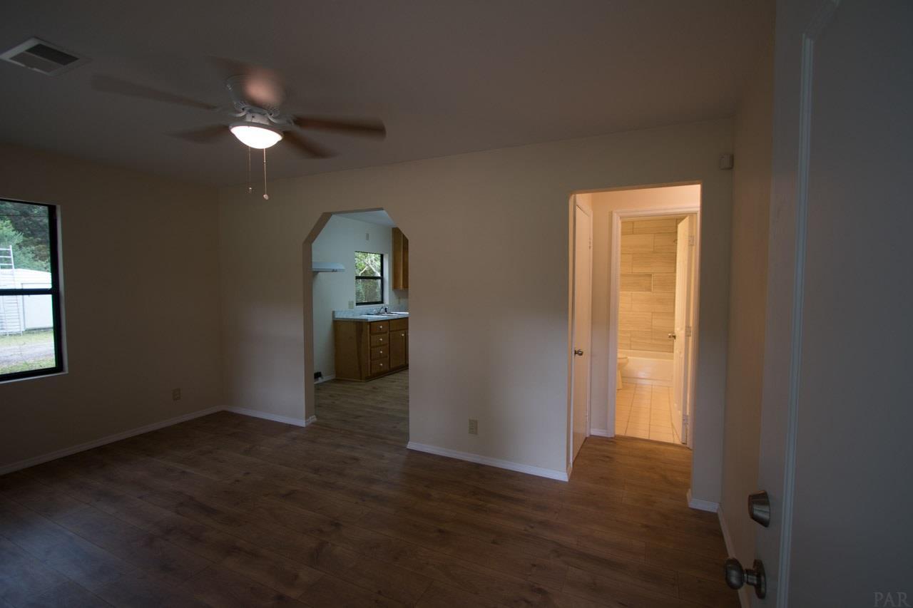 328 Arnett St, Pensacola, FL 32534