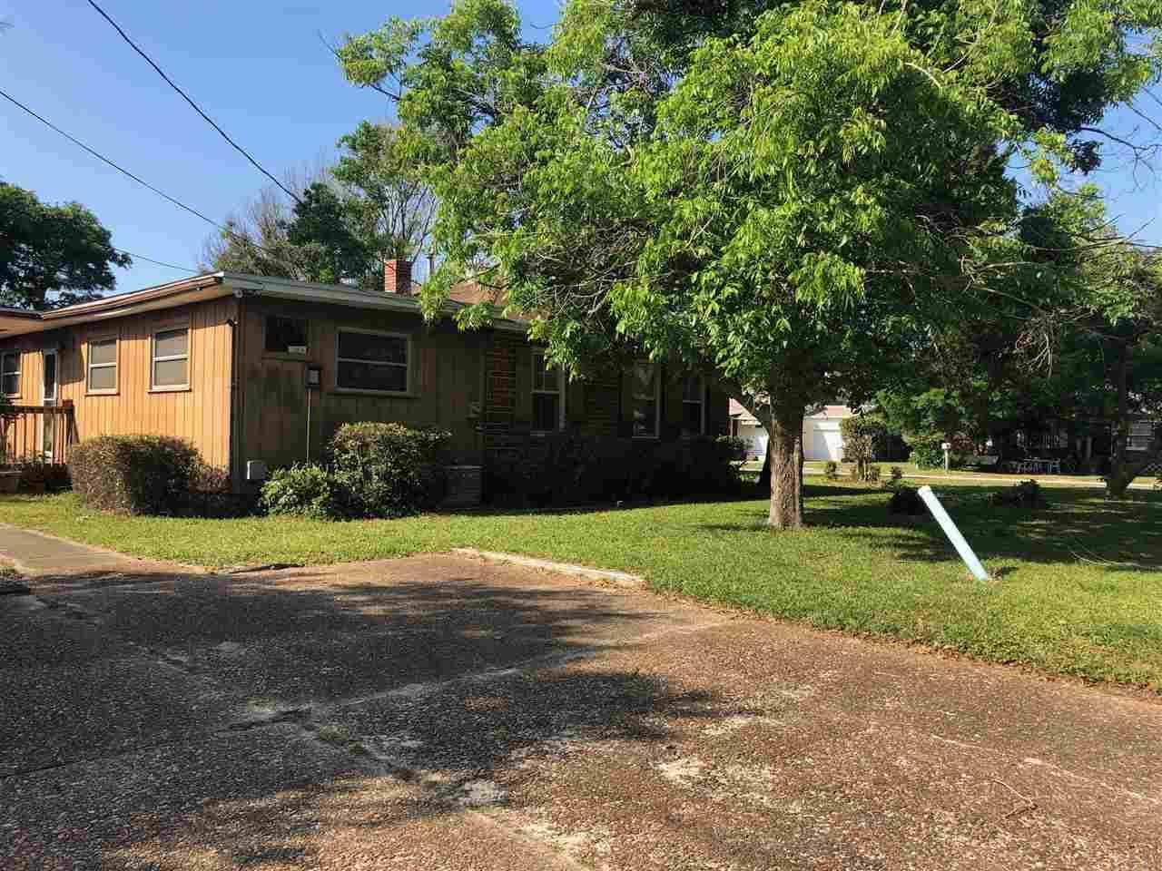 6 Nw Kalash Rd, Pensacola, FL 32507