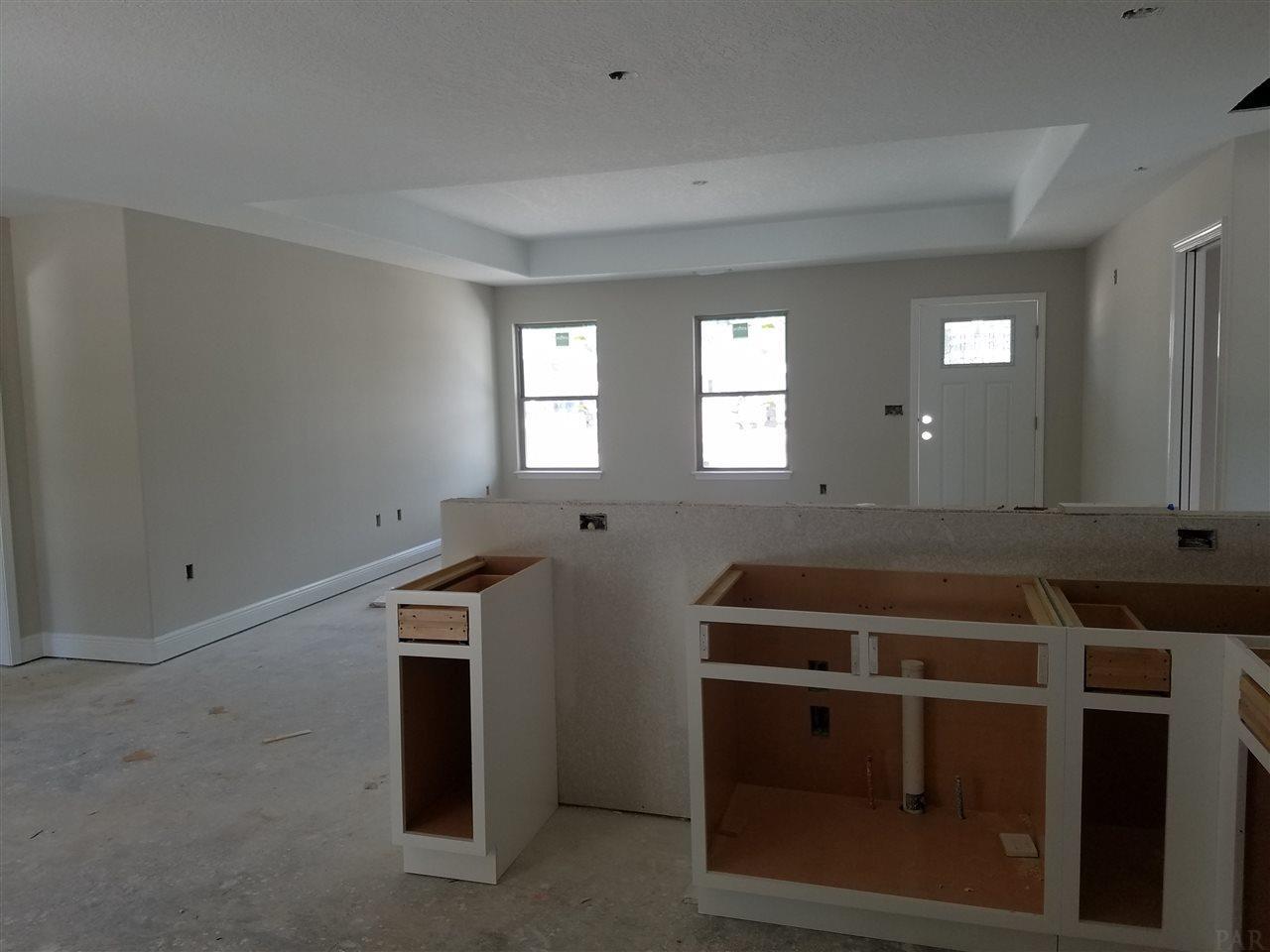 4841 Whitewood Rd, Gulf Breeze, FL 32563