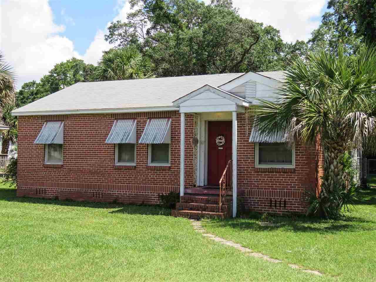16 Nw Gilliland Rd, Pensacola, FL 32507