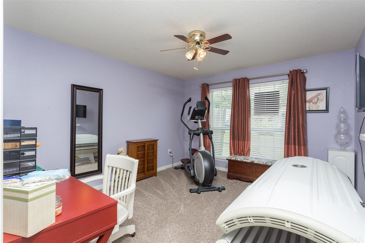 2230 Liberty Loop Rd, Cantonment, FL 32533