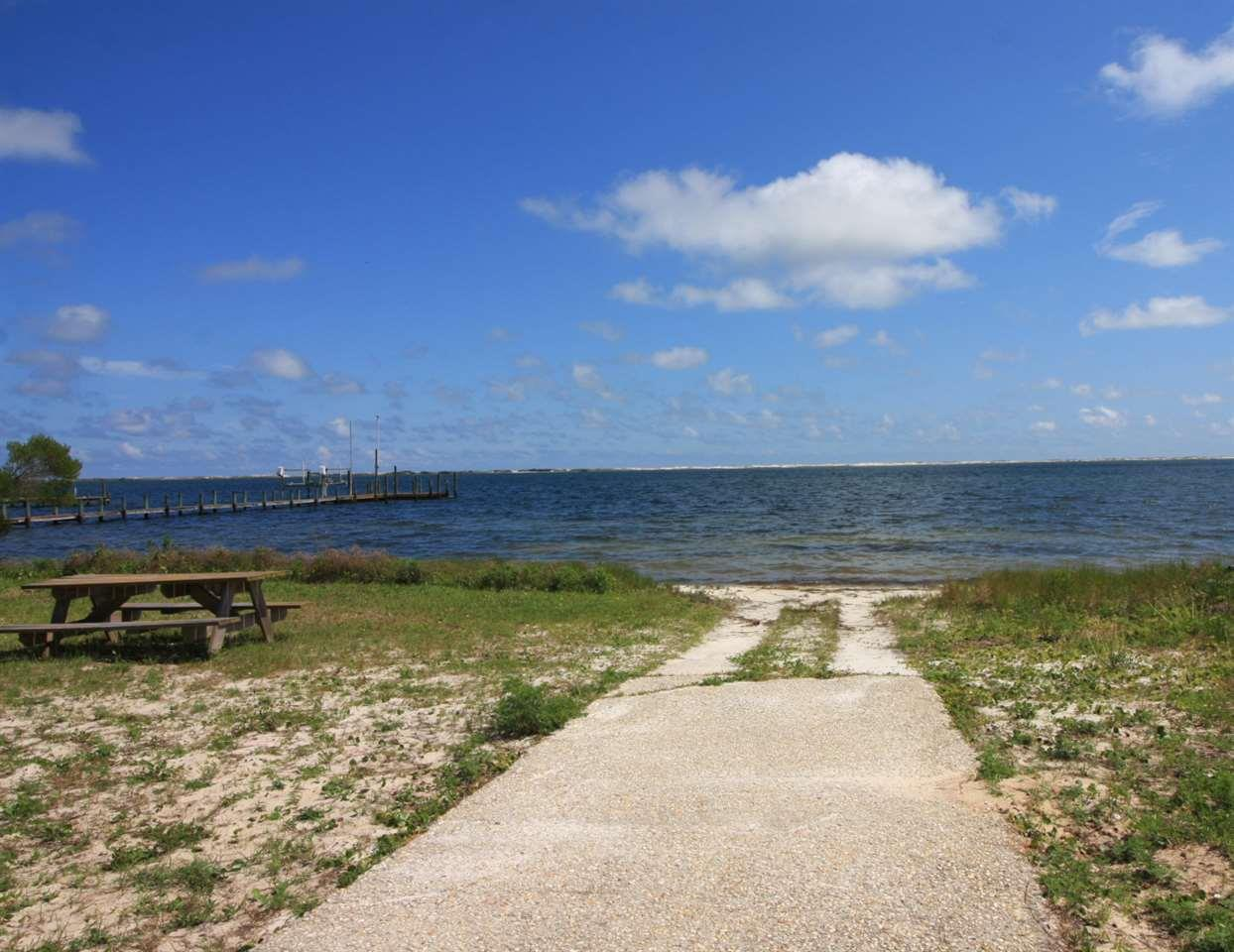 10900 Blk Seaglades Dr, Pensacola, FL 32507