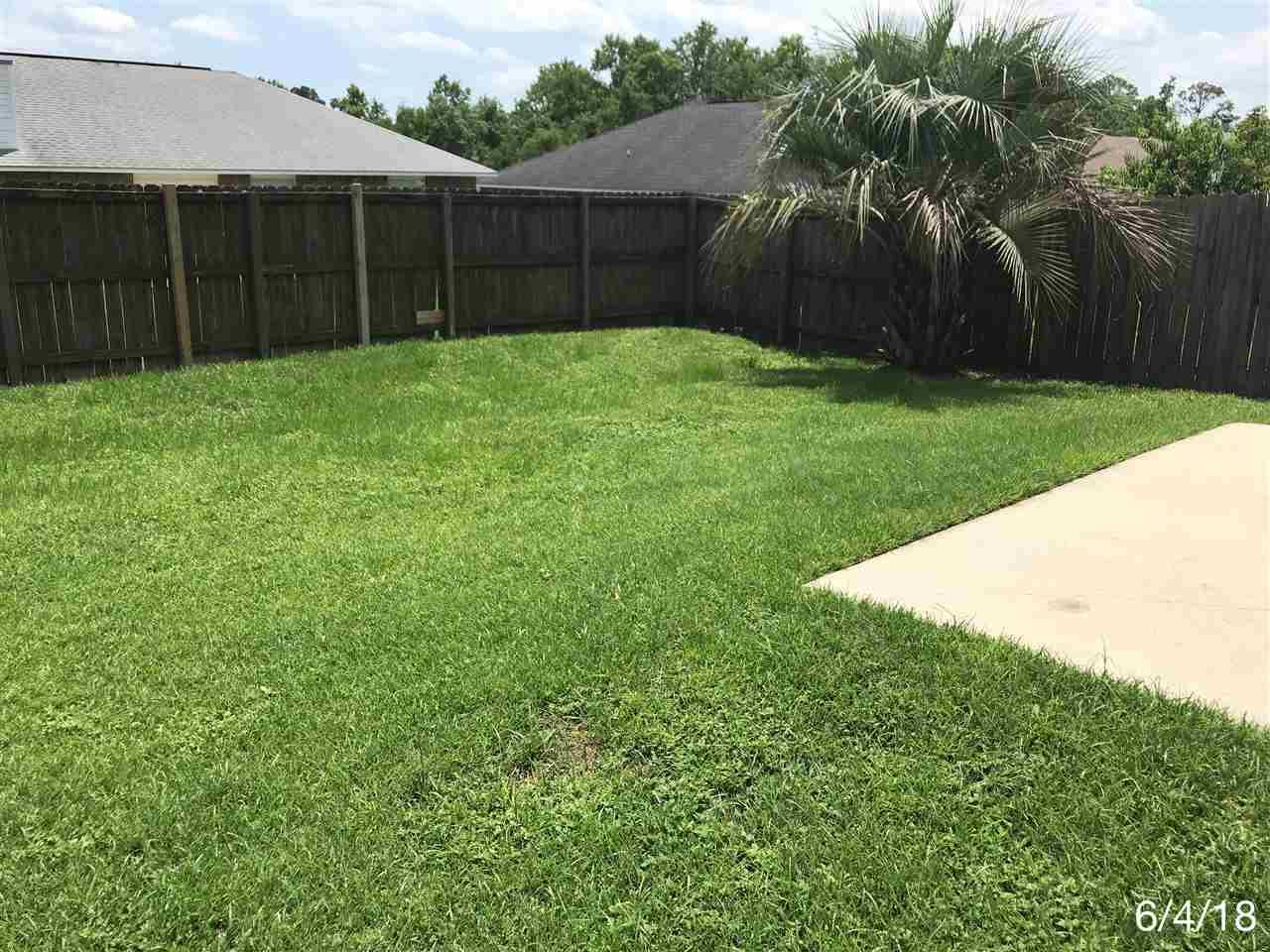 5079 Cocoa Dr, Pensacola, FL 32526