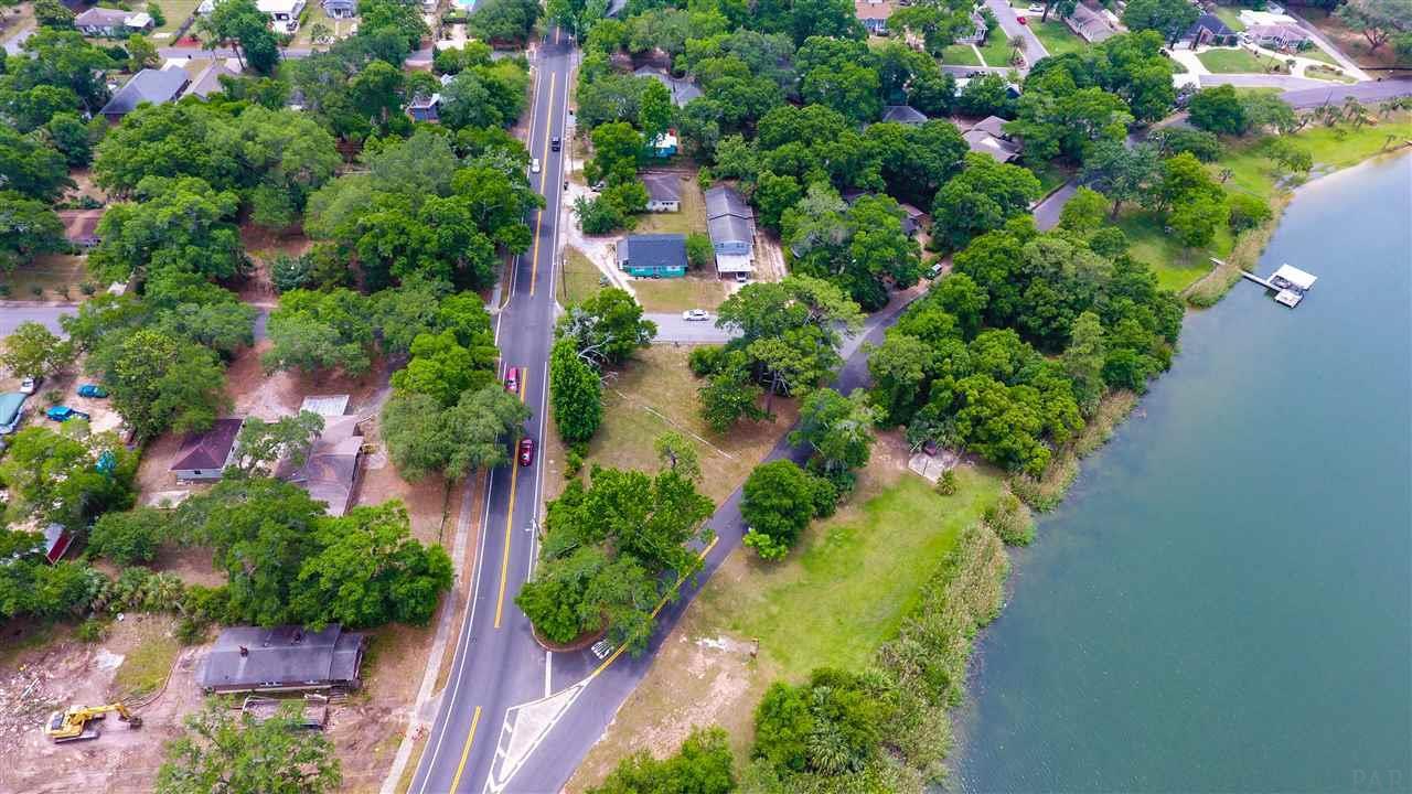 1004 Bayou Blvd, Pensacola, FL 32503