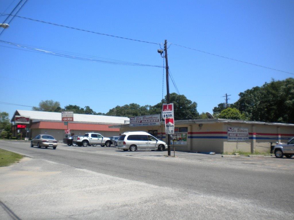 301 Massachusetts Ave, Pensacola, FL 32505