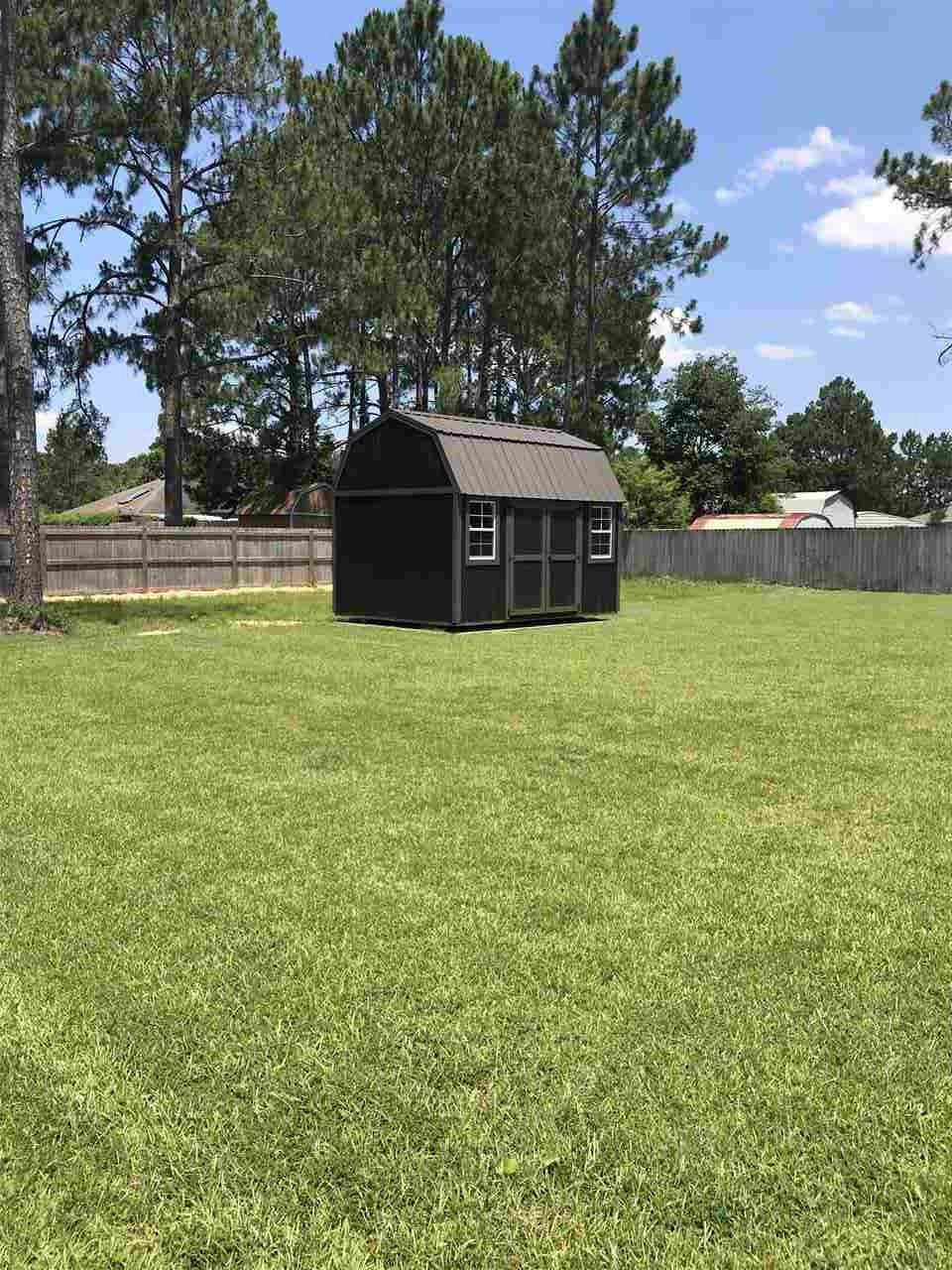 2411 Tumbleweed Dr, Navarre, FL 32566