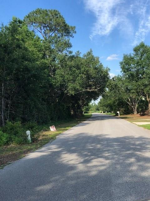 000 Andrew Jackson Dr, Pace, FL 32571