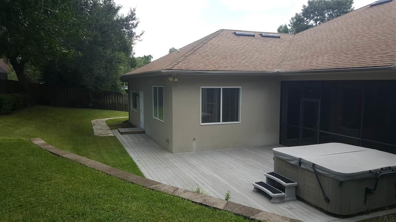 9529 Yarrow Cir, Pensacola, FL 32514