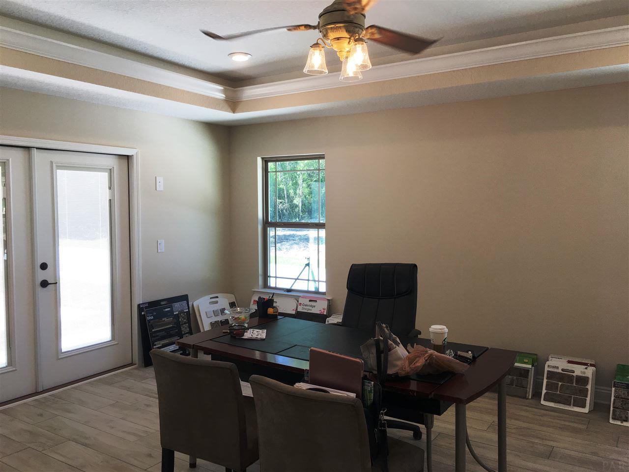 8881 Clearbrook Dr, Milton, FL 32583