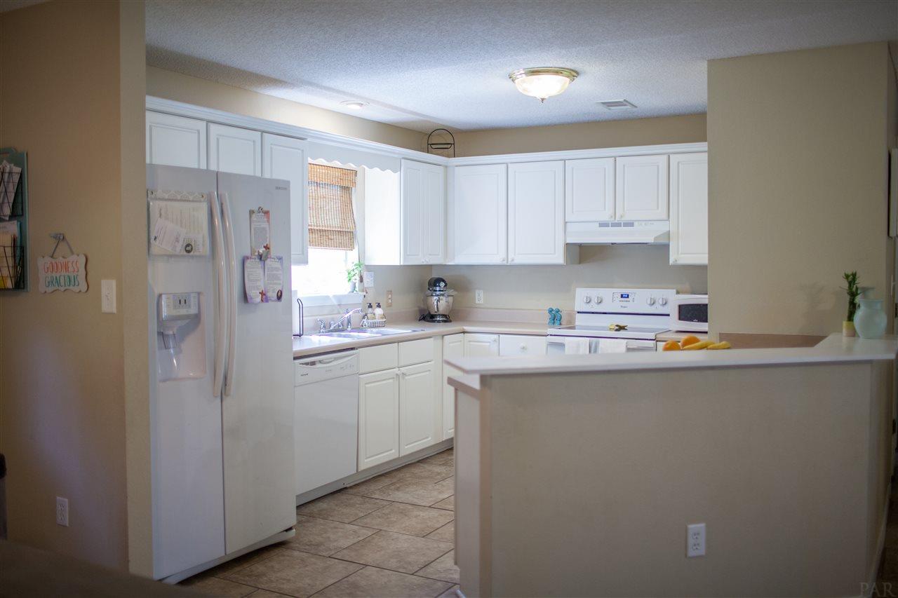 4905 Catalina Cir, Pensacola, FL 32506