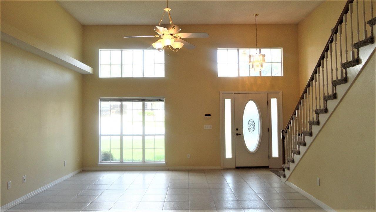 9813 Bridgewood Ln, Pensacola, FL 32514