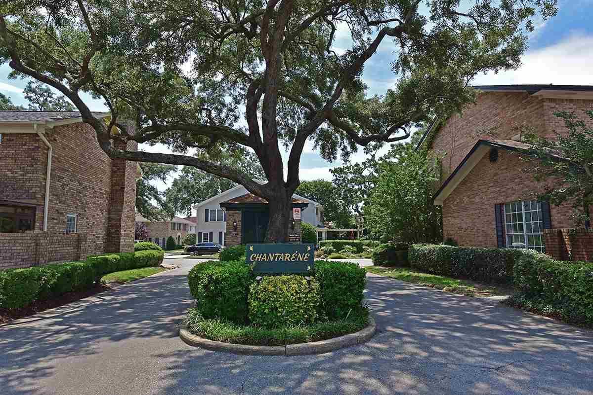 3413 Chantarene Dr, Pensacola, FL 32507