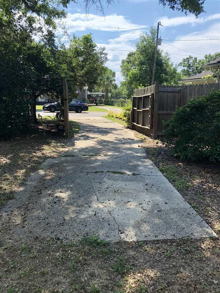 1505 W Wright St, Pensacola, FL 32502