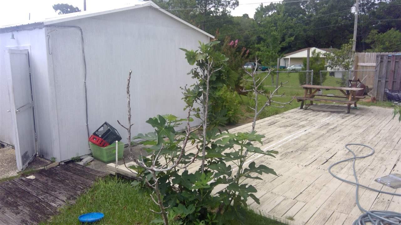 5300 Charbar Dr, Pensacola, FL 32526