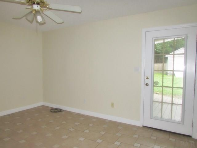 7225 Eight Mile Creek Rd, Pensacola, FL 32526