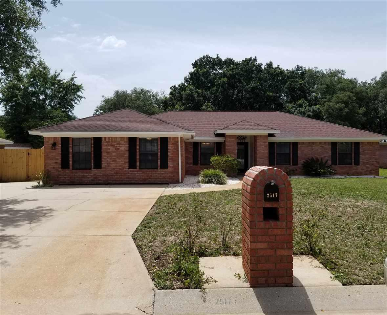 2517 Tarkiln Oak Dr, Pensacola, FL 32506