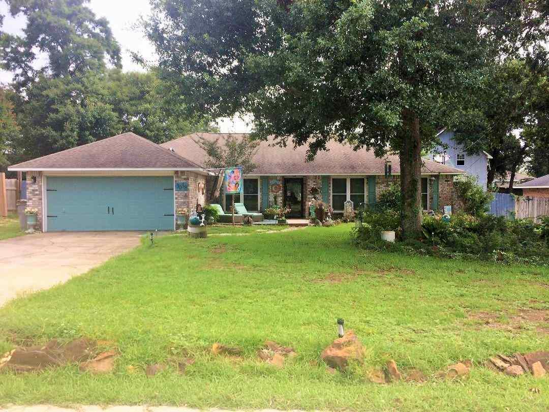 3038 E Kingsfield Rd, Pensacola, FL 32514