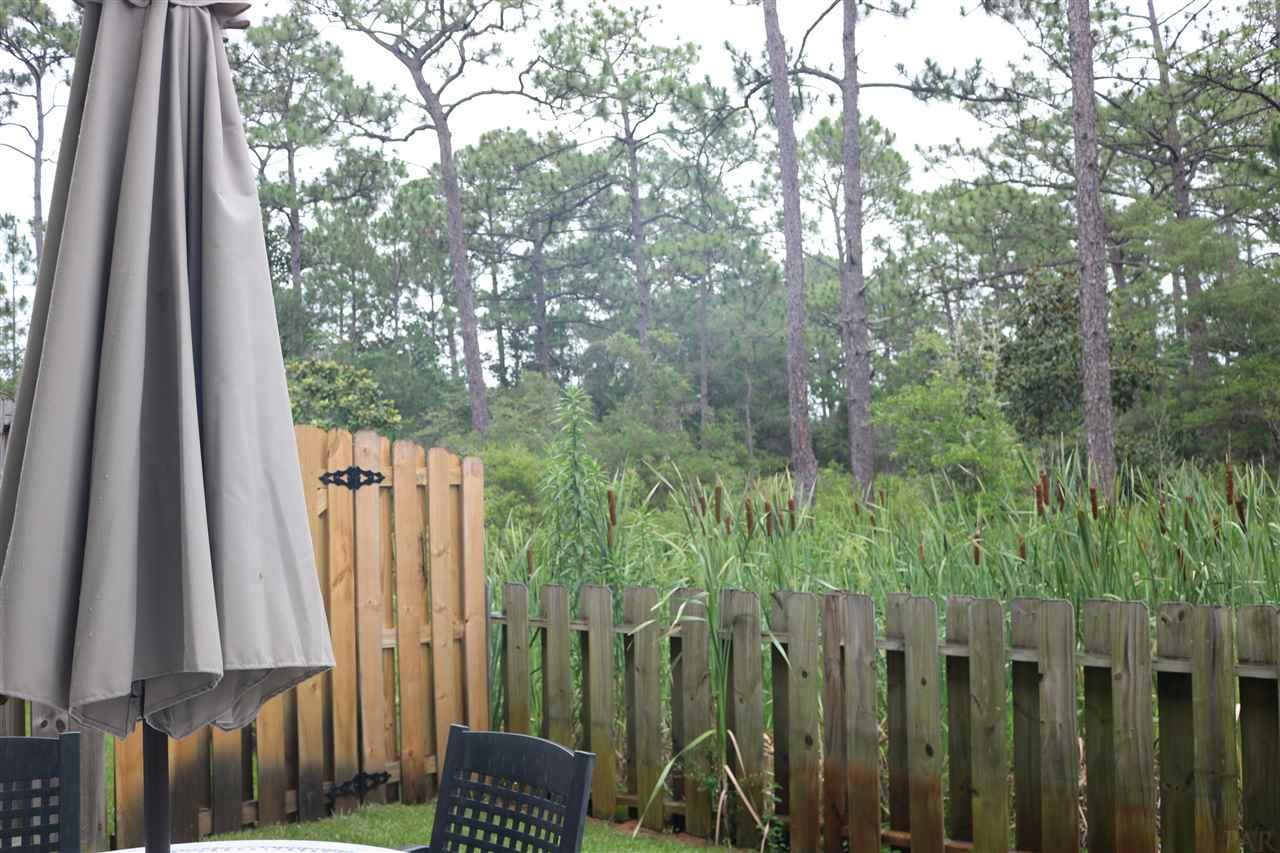 1762 Soundhaven Ct, Navarre, FL 32566