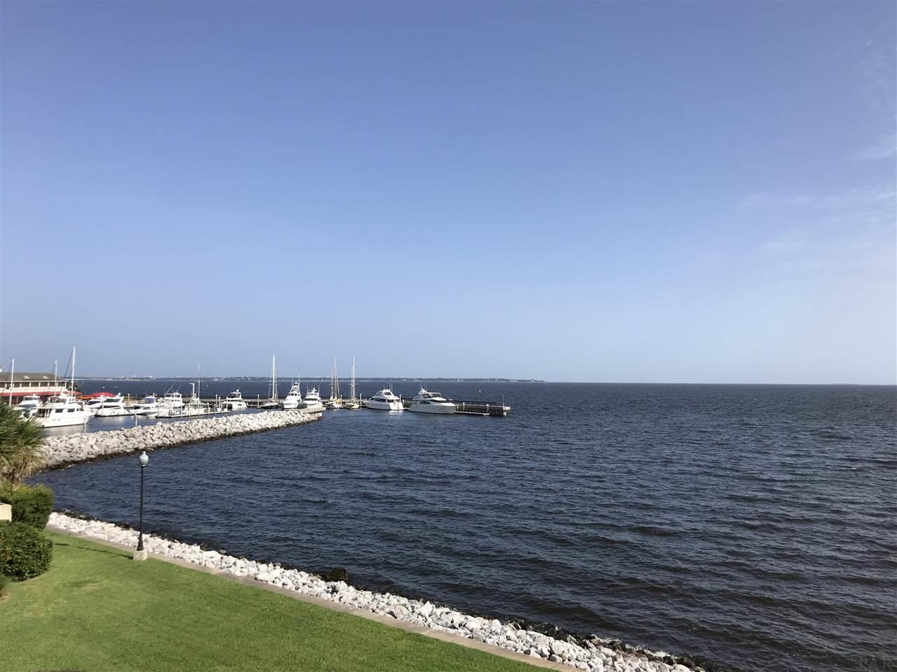 305 Port Royal Way, Pensacola, FL 32502