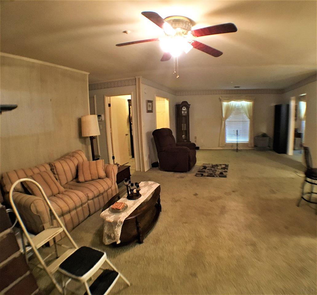 6887 Stonehenge Cir, Pensacola, FL 32506