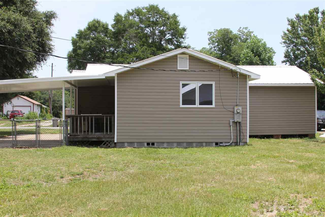403 Labree Rd, Pensacola, FL 32507
