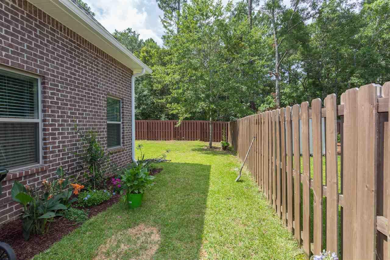 920 Legacy Oaks Dr, Pensacola, FL 32514