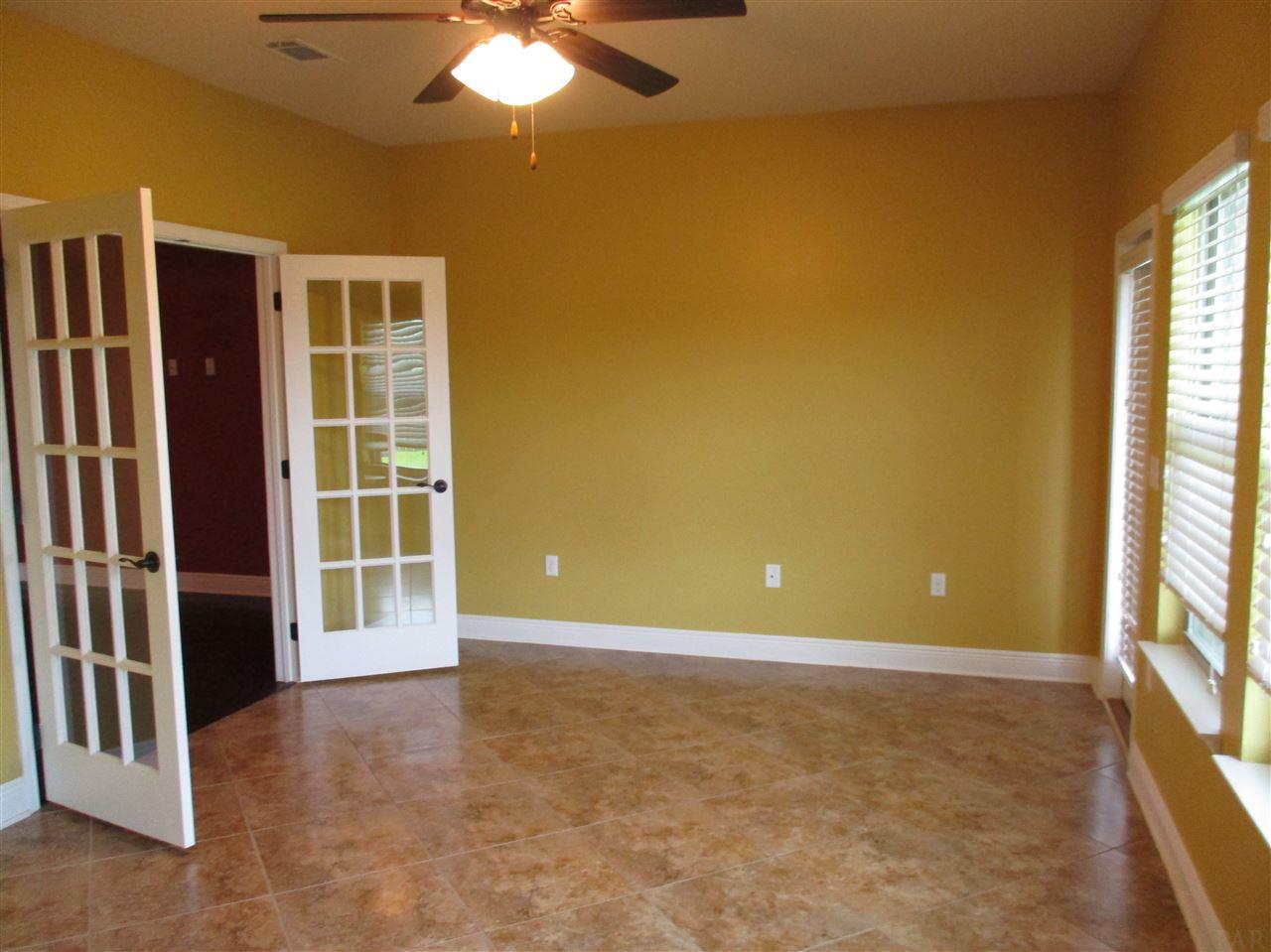 6231 Lapis Ln, Crestview, FL 32539