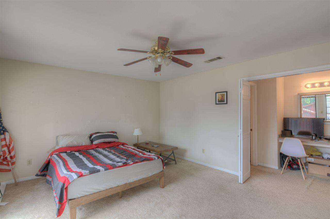 2381 Sugartree Ct, Pensacola, FL 32503