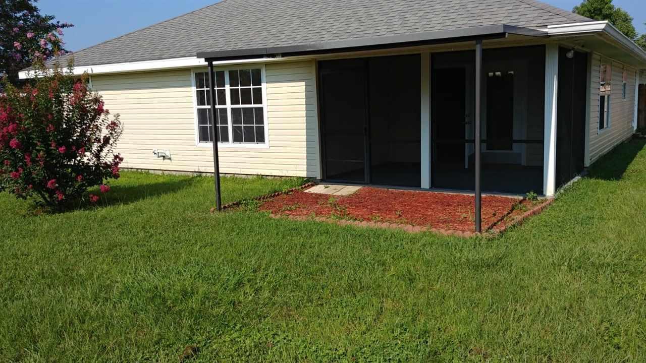 1782 Natalies Way, Cantonment, FL 32533