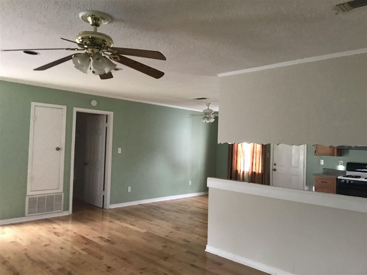 8730 Gulf Beach Hwy, Pensacola, FL 32507