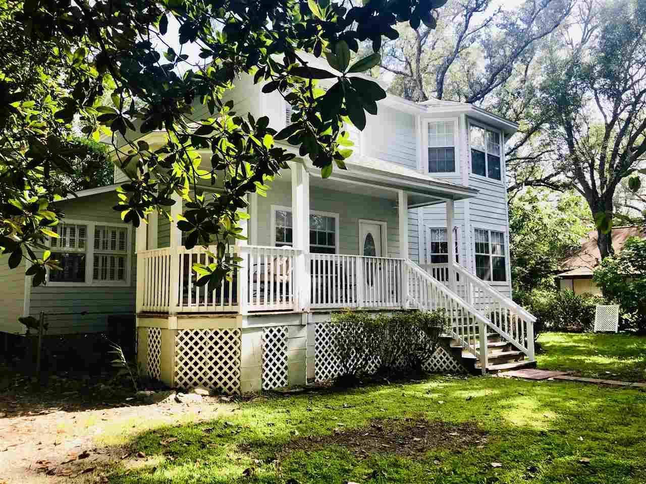 5726 Fair Oak Ln, Pensacola, FL 32507