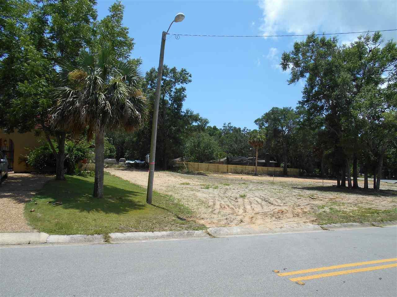 2903 E Blount, Pensacola, FL 32503