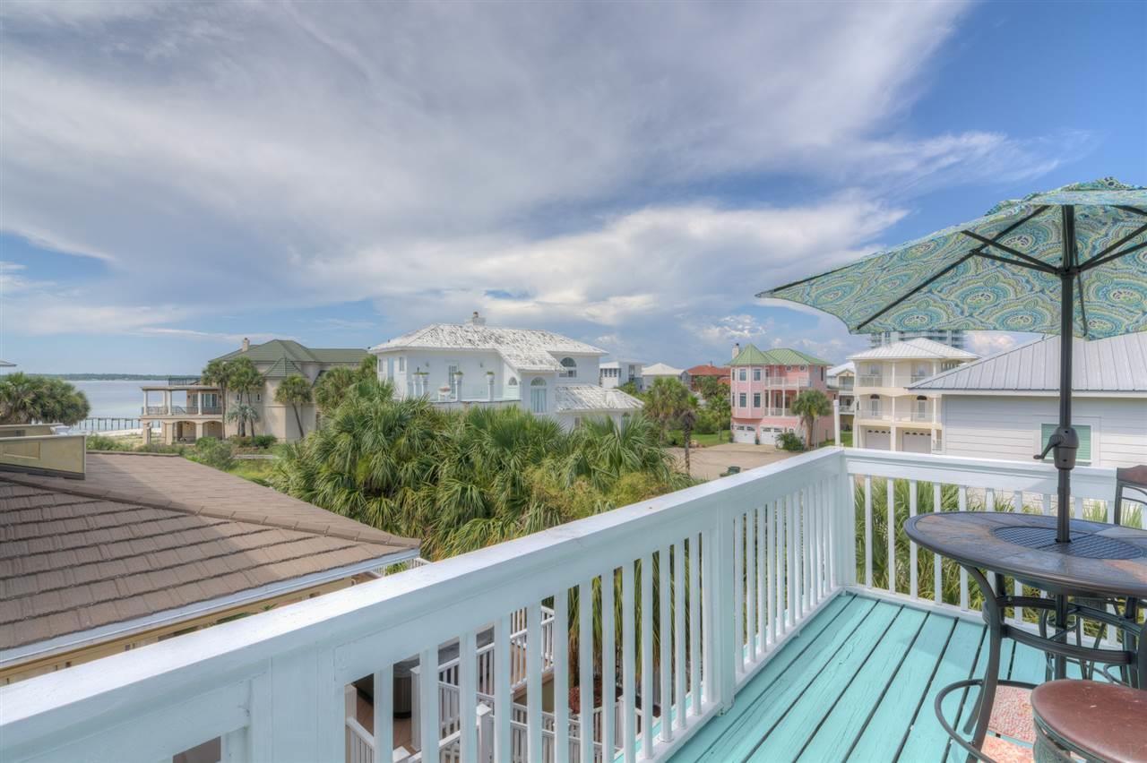 16 W Galvez Ct, Pensacola Beach, FL 32561