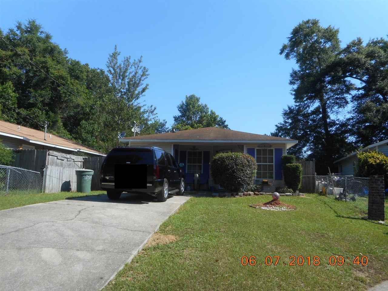 4860 Eva Dr, Pensacola, FL 32506