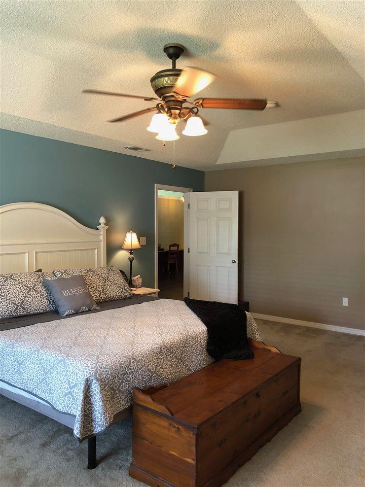 6736 Flintwood St, Navarre, FL 32566