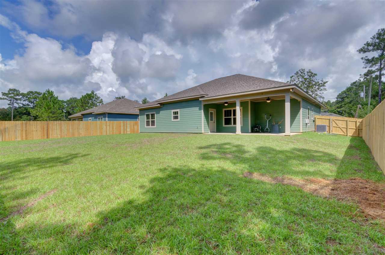 9175 Timber Ln, Navarre, FL 32566