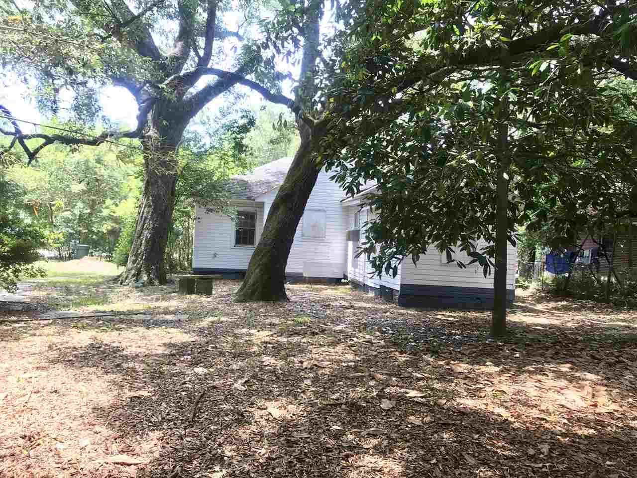 208 W Winthrop Ave, Pensacola, FL 32507