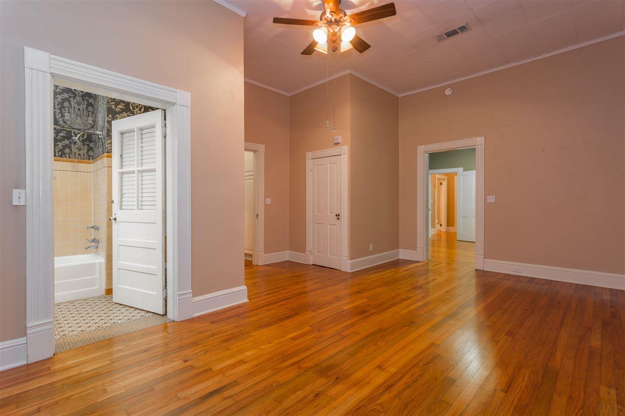 1714 E Lakeview Ave, Pensacola, FL 32503
